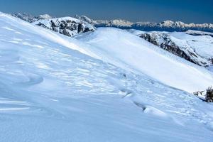 met sneeuw bedekte alpen twee foto