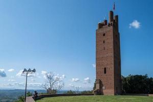 de federico-toren in san miniato met een stel foto