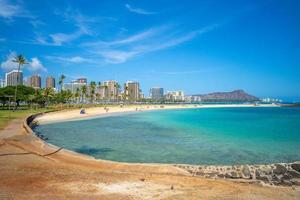 stadsgezicht van honolulu op oahu island, hawaii, us foto