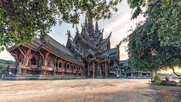 heiligdom van waarheid in pattaya thailand foto
