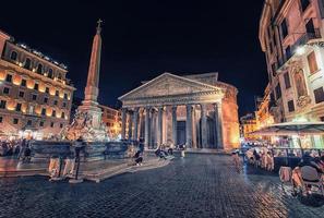 het pantheon in Rome foto