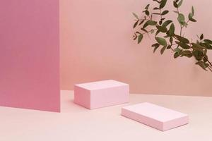 het creatieve arrangement minimalistisch podium foto