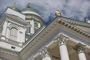 detail van de kathedraal van het bisdom in helsinki finland foto