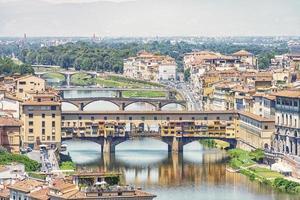 ponte vecchio brug in florence, italië foto