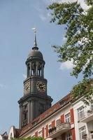st michaels kerk in hamburg, duitsland foto