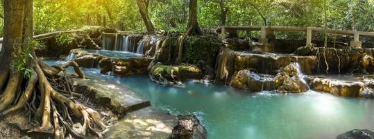 thanbok kratong waterval dan bok khorani nationaal park krabi provincie thailand foto