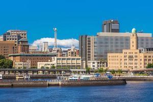 skyline van de haven van Yokohama in de prefectuur Kanagawa van Japan foto
