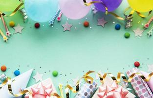 gelukkige verjaardag en feest achtergrond foto