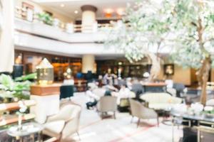 abstracte onscherpte en onscherpe luxe hotel en lobby interieur foto