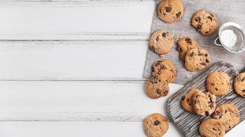 bovenaanzicht chocolade koekjes. mooi fotoconcept van hoge kwaliteit foto