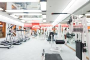 abstract vervagen sportschool en fitnessruimte interieur foto