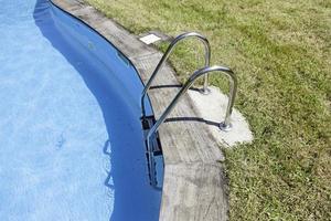 zwemmen en railing foto