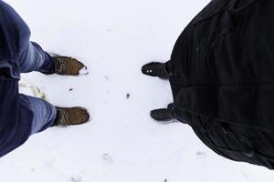 voetafdrukken voeten sneeuw foto