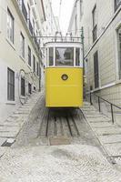 lissabon straat tram foto