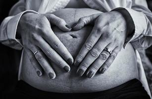 zwangere vrouw volwassen foto