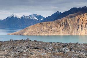 arctisch landschap van svalbard spitsbergen foto