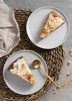het heerlijke gezonde dessert met wortelarrangement foto