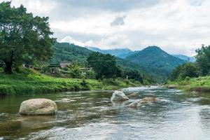 kiriwong-dorp - een van de beste frisse luchtdorpen in thailand en leeft in de oude Thaise stijlcultuur. gevestigd in nakhon si thammarat, thailand foto