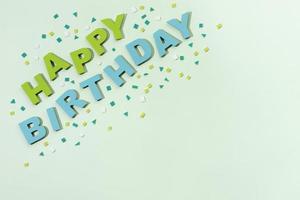 gelukkige verjaardag belettering papierstijl foto