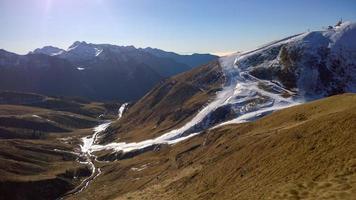 skiën in kunstmatige baan foto