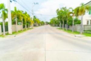 abstract vervagen beeld van weg met huis in het dorp foto