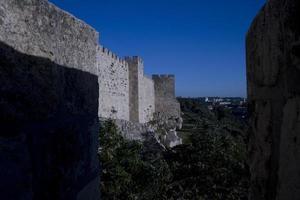 de muren van de oude stad van Jeruzalem, het heilige land foto