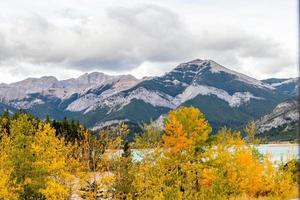 barrière dam. Bow Valley-wildernisgebied, Alberta, Canada foto