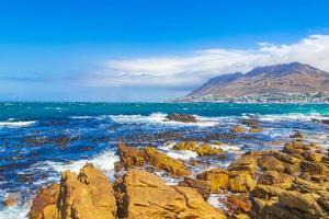 valse baai kustlandschap bij Simons Town, in de buurt van Kaapstad in Zuid-Afrika foto