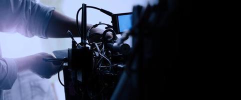 videoproductie achter de schermen. het maken van een commerciële tv-film foto
