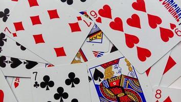 foto van speelkaarten, foto's van hersenkrakers