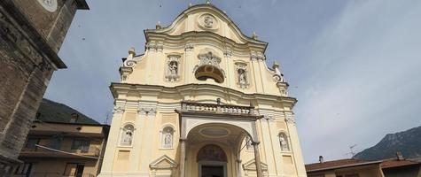 parochiekerk in Quincinetto foto