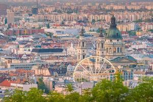 skyline van boedapest in hongarije foto