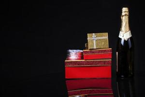 kerst verjaardag valentijnsdag champagne geschenkdoos concept foto