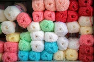 katoen kleurrijk textiel materiaal industriële stof rollen foto