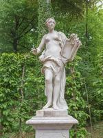 standbeeld in park sanssouci potsdam foto