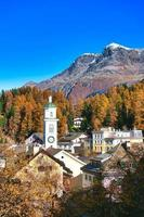 dorp sils maria in de vallei van Engadin bij sankt moritz sxizzera foto