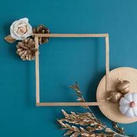 herfst creatieve achtergrond met kopieerruimte foto