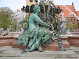 neptunbrunnen fontein in berlijn foto