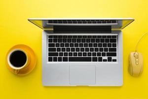 laptop muis bovenaanzicht. resolutie en mooie foto van hoge kwaliteit