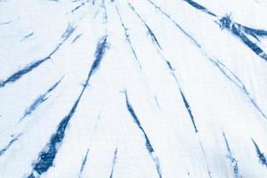 stropdas kleurstof swirl design helderblauw. foto