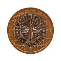 1 euromunt, europese unie, frankrijk geïsoleerd over wit foto