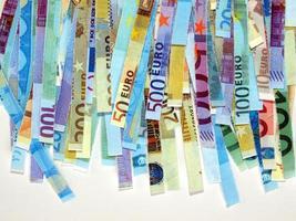 versnipperde eurobiljetten foto