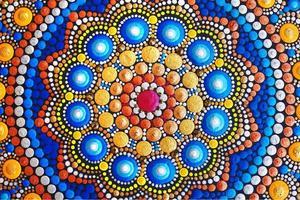 prachtige mandala met de hand beschilderd foto