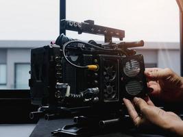 open het deksel van de koelventilator van de filmcamera om schoon te maken en te repareren. foto