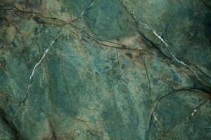 bruine steen met scheuren foto