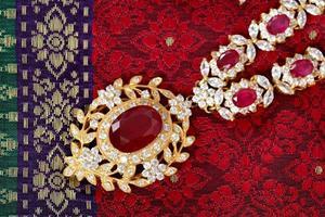Thaise vintage sieraden foto