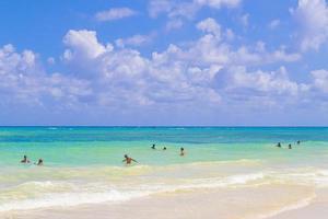 tropisch Mexicaans strand 88 punta esmeralda playa del carmen mexico. foto