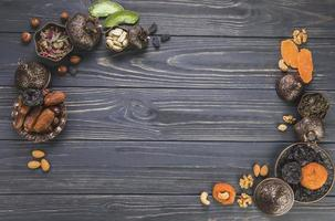gedroogd fruit met noten foto