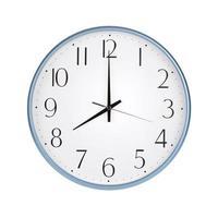 acht uur op een ronde wijzerplaat foto