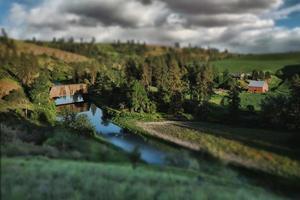 treinbrug op het platteland in palouse washington foto